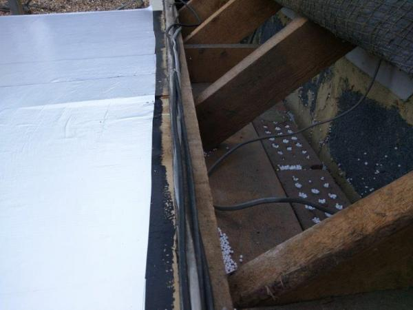 Warm Flat Roof Junction With Pitched Roof